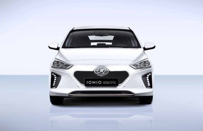 IONIQ-Electric_black_nose.jpg