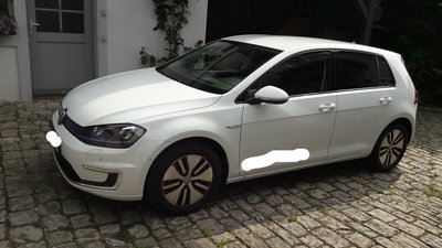 VW-eGolf.jpg