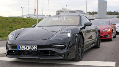 2020-porsche-mission-e-spy-photo-1.jpg