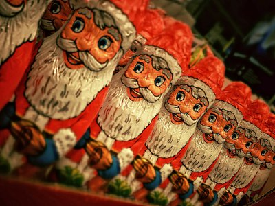 christmas-210289_1920.jpg