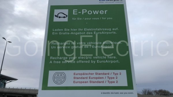 Photo 1 Euro Airport Parking S1