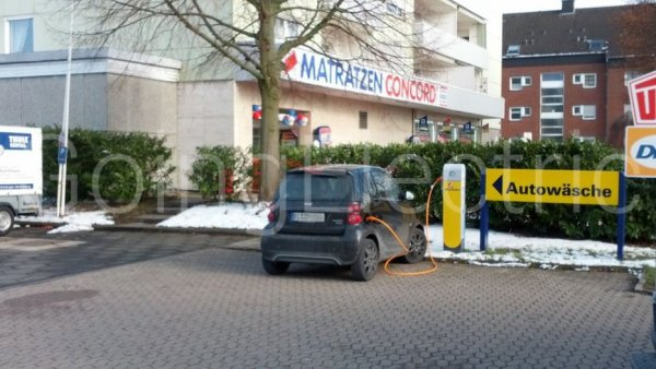 Photo 1 Westfalen Tankstelle