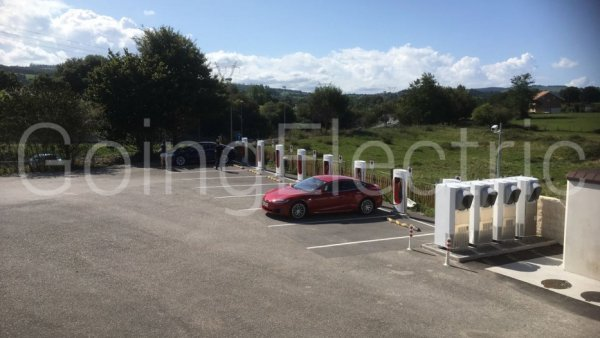 Photo 1 Supercharger Area de Servico de Reocin