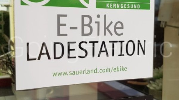 Photo 1 E-Bike Ladepunkt Park-Café Sprenger