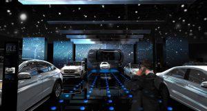 Mercedes-Stand auf dem Pariser Automobilsalon 2016. Bild: Mercedes