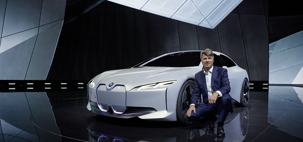 i Vision Dynamics: BMW präsentiert Studie mit 600 km Reichweite auf der IAA