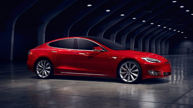 Tesla Model S 5