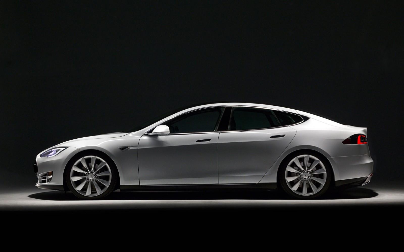 Tesla Model S offizielle Reichweite 427 km
