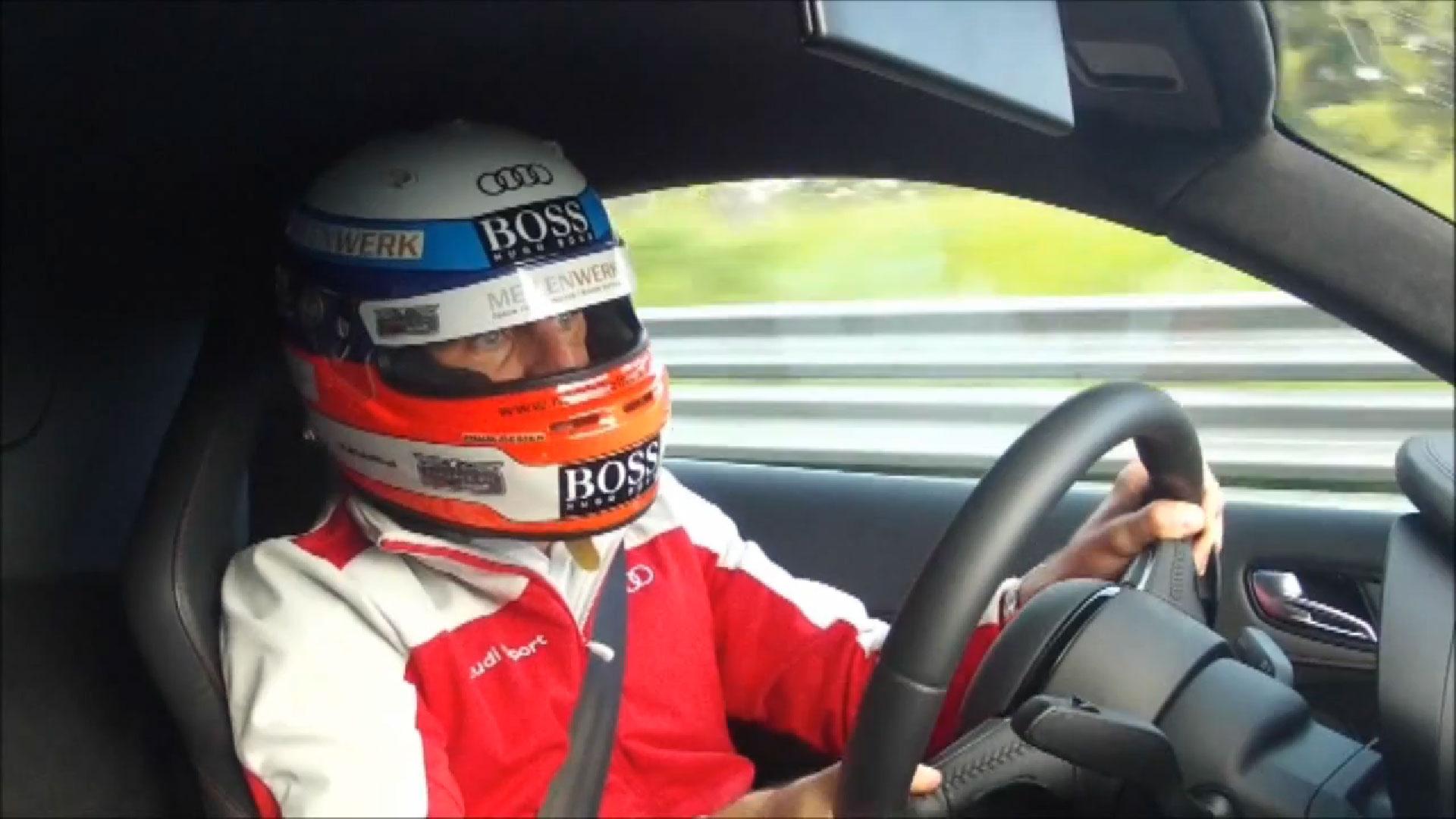 Audi R8 e-tron Nordschleife Rekord Onboard / Offboard [Video]
